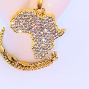"""Icy Africa Pendant + 20"""" Cuban Chain"""